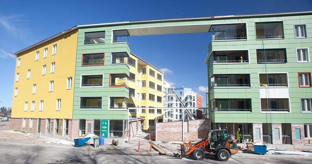 Uusi talo on rakenteilla.